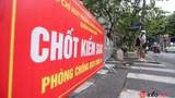 Phong tỏa nhiều con phố gần BV Việt Đức, khoảng 1.000 người nhà bệnh nhân đi cách ly