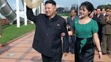 """Nổi máu """"hoạn thư"""", vợ Kim Jong-un giam ca sỹ xinh đẹp?"""