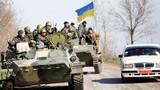 Đột kích, quân đội Ukraine lấy lại... 2 xe bọc thép