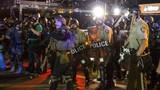 Cảnh sát Mỹ vũ trang tận răng đối phó biểu tình Ferguson