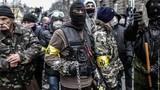 Nhà báo Mỹ: Phương Tây ngó lơ vi phạm của Kiev