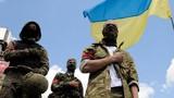 """Thanh niên Ukraine """"đắm chìm"""" trong chủ nghĩa dân tộc cực đoan"""