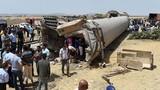 Tàu hỏa đâm xe tải, ít nhất 17 người thiệt mạng