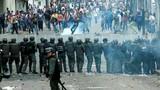Bạo loạn ở Venezuela qua ảnh