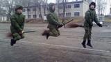 Cười nghiêng ngả trước ảnh ngộ nghĩnh của quân nhân Nga