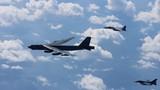 """Chưa đầy một tuần, """"pháo đài bay"""" B-52  tuần tra biển Đông hai lần"""