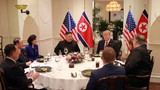 Bộ ảnh độc đáo từ phía Triều Tiên về buổi ăn tối của Trump - Kim