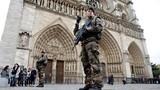 Những cuộc chiến từng đi qua dưới tháp chuông Nhà thờ Đức Bà Paris