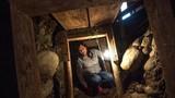 Những con người kỳ dị: Đào nền nhà vì nghĩ có kho báu ở dưới
