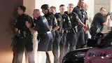 """Video: 911 giải đáp bài toán """"hóc búa"""" giúp cậu bé 4 tuổi"""