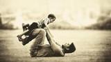 Thấm thía lời cha dạy con trai cách chọn vợ