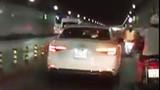 """Video: Xe sang Audi chạy kiểu """"đường của mình"""" trong hầm vượt sông Sài Gòn"""