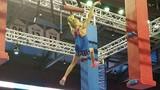 Video: Bé gái 10 tuổi có khả năng bay nhảy như ninja