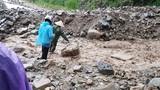 Video: Lũ quét trên núi đổ xuống, quốc lộ 37 tê liệt