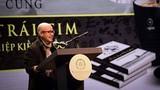 """Video: Vẻ """"bí hiểm"""" của Đặng Lê Nguyên Vũ sau 5 năm vắng bóng"""