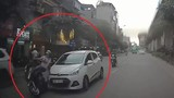 """Video: Xe """"điên"""" gây tai nạn liên hoàn ở Hà Nội"""