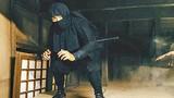 """Video: """"Vũ khí độc"""" giúp nữ ninja lấy mạng đàn ông như lấy đồ trong túi"""