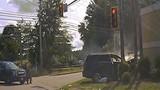Video: Chạy trốn rồi bắn cảnh sát Mỹ, nhận cái kết thảm