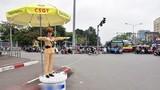 Video: Nữ cảnh sát giao thông xinh đẹp trải lòng chuyện nghề