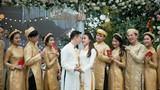 Lóa mắt với đám cưới tiền tỉ, mời cả ca sĩ Đan Trường về hát