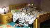 Sai lầm trong việc cất đồ dưới gầm giường khiến tiêu tan tài lộc
