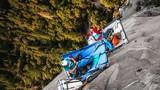 Video: Trải nghiệm cắm trại trên vách núi không dành cho người yếu tim