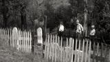 10 địa điểm đáng sợ trên thế giới: Hầm mộ, thị trấn ma...