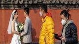 Hậu phong tỏa, hàng trăm đôi tình nhân Vũ Hán chớp cơ hội kết hôn