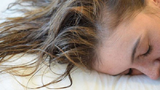 Thói quen trước khi ngủ gây hại sức khỏe
