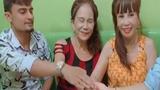 Cô dâu 62 tuổi vào Đồng Nai chia sẻ kinh nghiệm tình yêu
