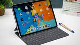 10 năm trước iPad đời đầu lên kệ lần đầu tiên