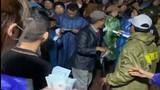 Thôn đã trả lại cho dân số tiền ca sĩ Thủy Tiên trao tặng