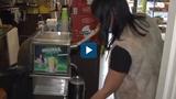 Video : Nước mía Việt Nam đắt khách tại châu Âu