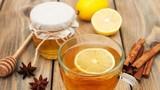 3 khung giờ uống nước mật ong ấm tốt cho sức khỏe