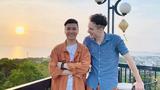 Chuyện tình xuyên biên giới ngọt lịm của thầy giáo Việt và trai Tây
