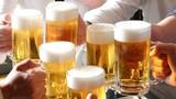 Uống bia rượu chớ dại ăn 4 món này kẻo ngộ độc