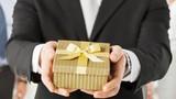 TP HCM cấm tặng quà Tết cho cấp trên dưới mọi hình thức