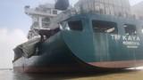 Hiện trường tàu container nước ngoài bị đâm trên sông Đồng Nai