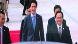 """Thủ tướng Canada đẹp như """"tài tử"""" đến Đà Nẵng"""