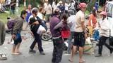 Tình người miền Tây trong vụ container tông nhiều xe máy ở Long An