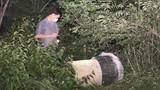 Xác định ban đầu về tung tích 2 thi thể vùi trong thùng bê tông