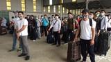 Ảnh: 120 bệnh nhân COVID-19 ở Guinea Xích Đạo lên máy bay về nước
