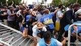 Bạo loạn xảy ra ở đám tang huyền thoại Diego Maradona