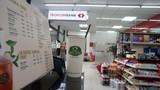 Bên trong cửa hàng VinMart đầu tiên tại Hà Nội bán Phúc Long