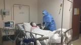 Bác gái bệnh nhân Covid-19 thứ 17 vẫn diễn biến nặng, thở máy, lọc máu liên tục