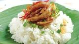 Tò mò món xôi cá cơm Nha Trang khiến bao thực khách mê mẩn