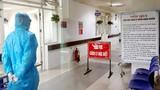2 ca bệnh COVID-19 nặng tại Đà Nẵng chuyển ra BV Trung ương Huế
