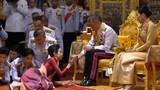 """Quốc vương Thái Lan tước mọi chức vị của hoàng quý phi vì """"bất trung"""""""