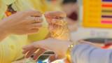 Giá vàng hôm nay 3-9: Giảm khi dòng tiền dồn vào chứng khoán