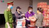 """""""ATM mì tôm"""" của bác sĩ và tình nguyện viên tặng cho người nghèo"""